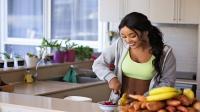 Dame met gezond eten